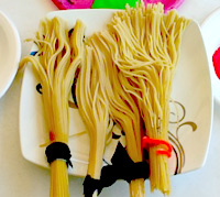 Spaghetti brooms