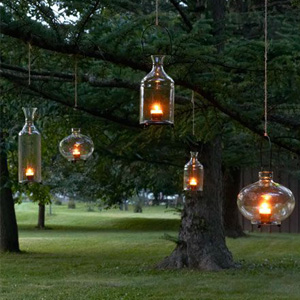 Hanging tree lanterns