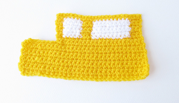 Amigurumi school bus: Bus side 1