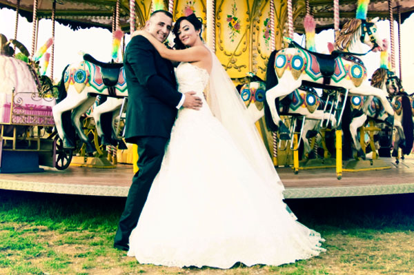 Couple getting married at amusement park | Sheknows.ca