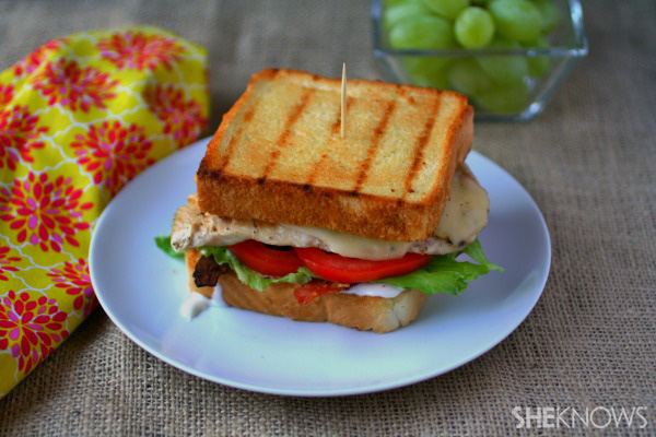 Sunday dinner: Texas toast grilled chicken sandwiches
