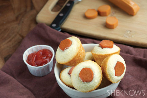 Mini vegan corndog bites