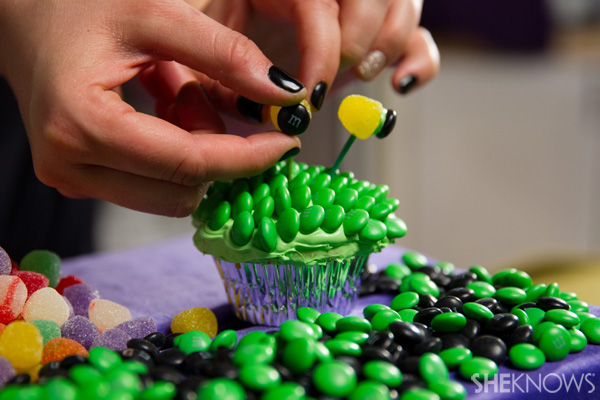 Create scaly creatures with green M&M'S®