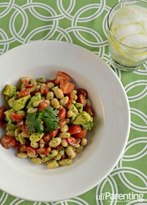 allParenting Avocado, white bean and cilantro salad