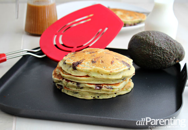 Avocado recipes: avocado chocolate chip pancakes
