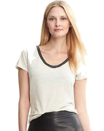 Fal leather details- Faux leather trim city tee