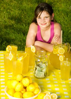 girl-with-lemonade-stand