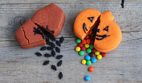 Not MArtha- Break-apart trick-or-treat cookies