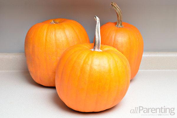 allParenting perfect pumpkin carving step 1