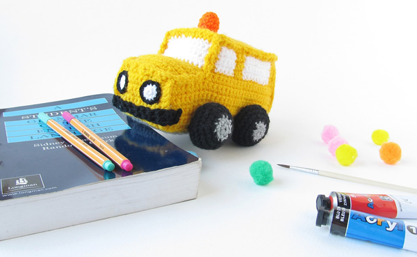 Amigurumi school bus | SheKnows.com