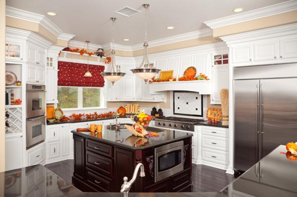 Seasonal kitchen decor