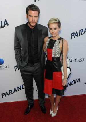 Miley & Liam call off engagement