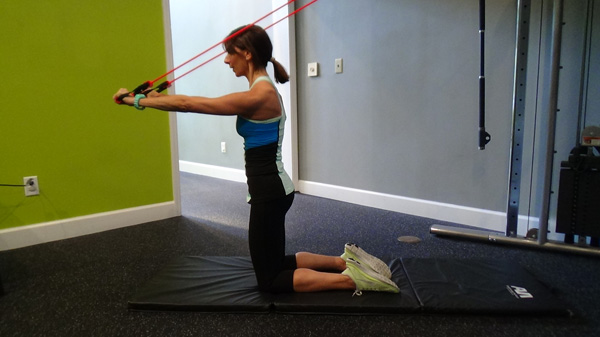 Kneeling band triceps extension