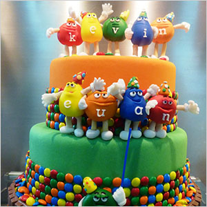 m and s childrens birthday cakes