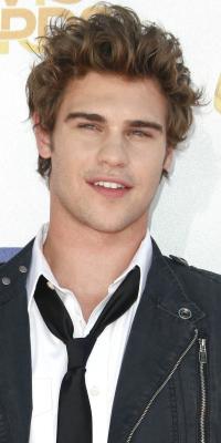 Actor Grey Damon