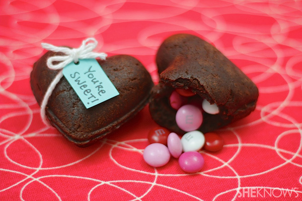 Heart-shaped brownie treasure boxes