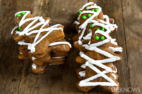 Gluten free gingerbread mummy cookies