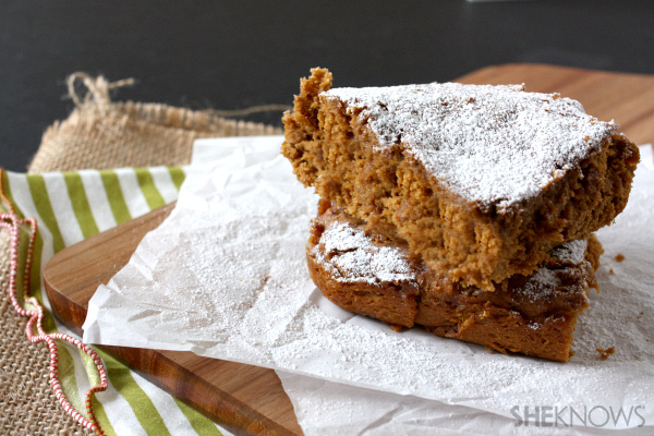 Simple toffee pumpkin cake
