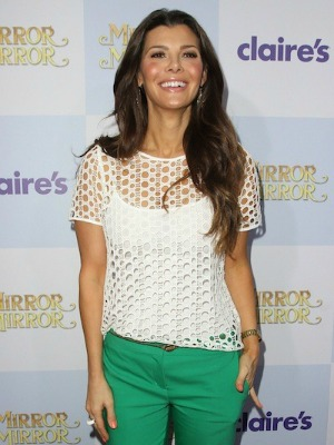 Ali Landry's brown hair