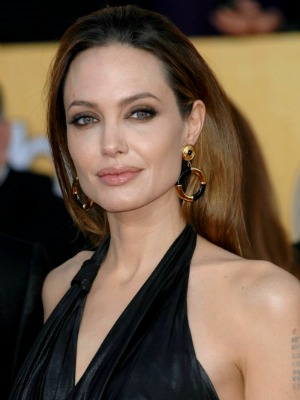 Angelina Jolie's brown hair