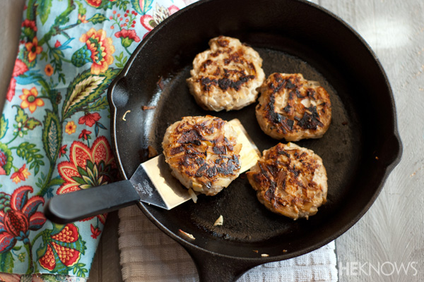Homemade chicken, apple and sage sausage patties | Sheknows.com