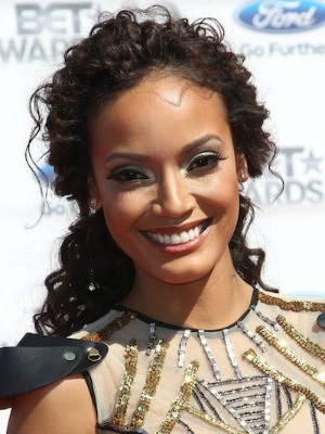 Selita Ebanks' curly hairstyle