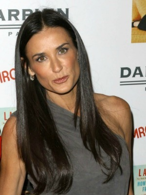Demi Moore's brown hair