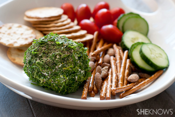 Peppered and fresh herb cheese ball