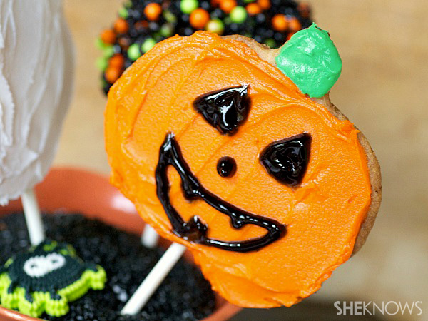 3 cute and spooky inspired desserts