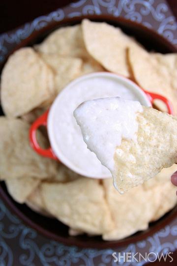 Creamy vegan cheese dip