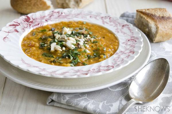 Red lentil coconut surry soup