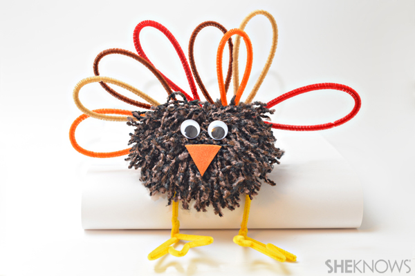 Pom pom turkey craft for Thanksgiving