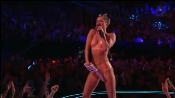 Did a sledgehammer knock up Miley?
