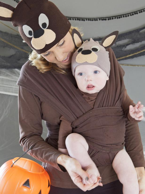 DIY baby Halloween costume idea:Kangaroo