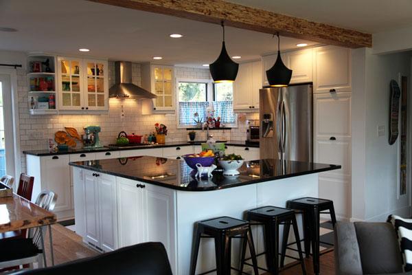 Vivi Dot kitchen