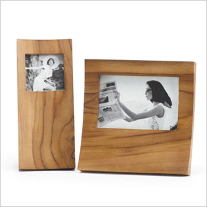 Surprise your hostess with these gifts that capture memories