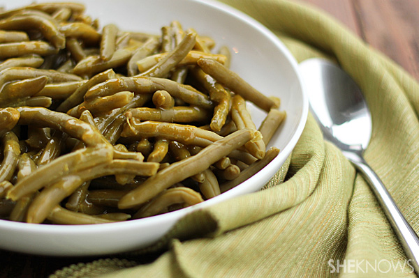 Add sweetness and spice to your green beans!
