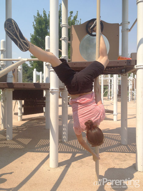 Pole fitness- butterfly move