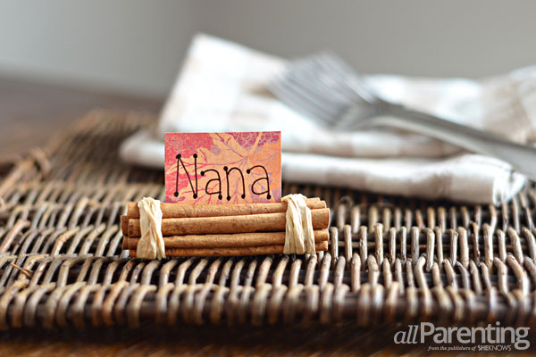 Cinnamon stick place card holder