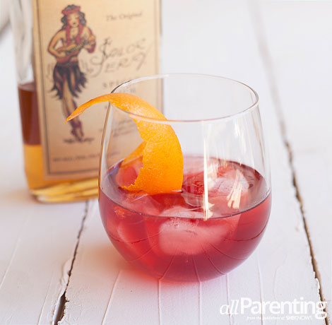 allParenting Thanksgiving cocktails: Spiced cranberry cocktail