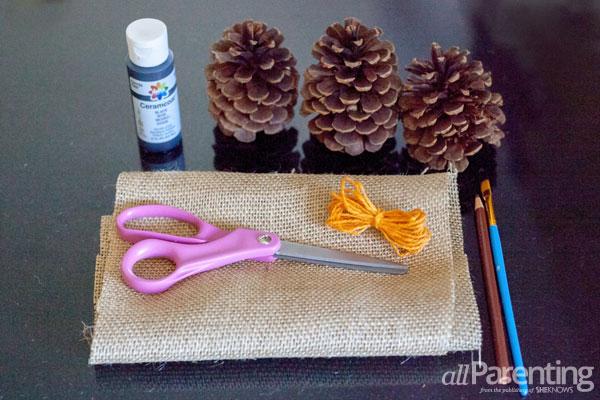 allParenting Thanksgiving garland materials