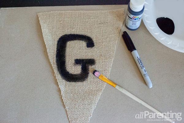 allParenting Thanksgiving garland step 2