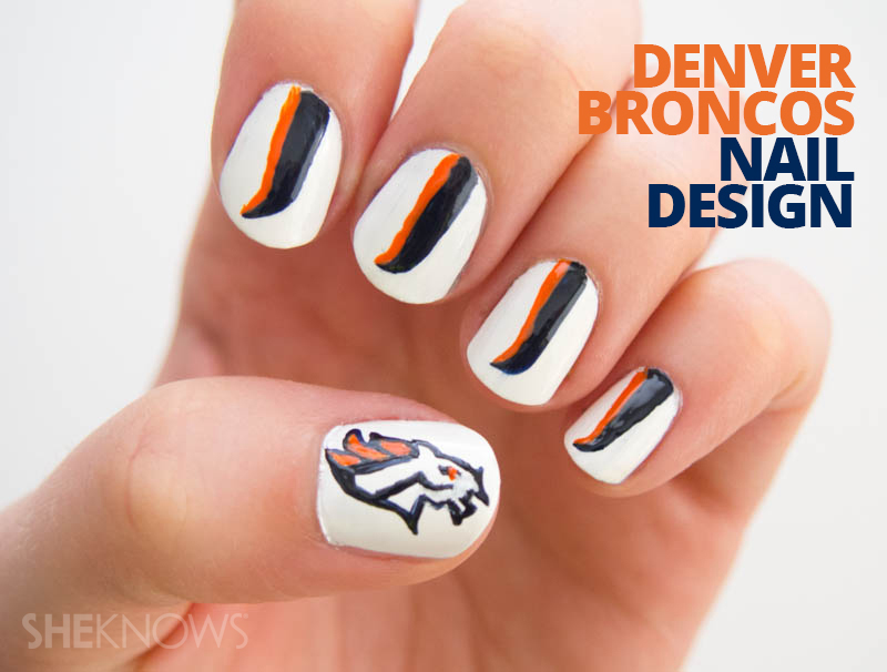 Denver Broncos fan-icure