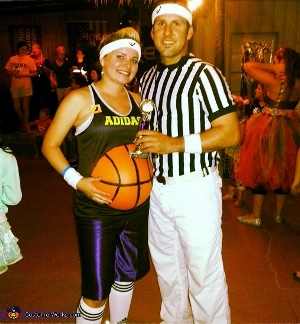 Pregnancy Halloween costume - painted basketball