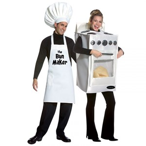 Pregnancy Halloween costume - Bun in the Oven