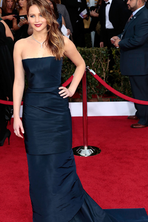 jennifer lawrences best red carpet looks SAGs