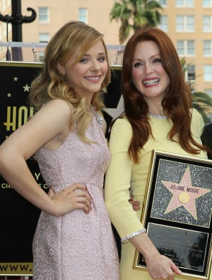 Julianne Moore has nabbed the 2,507th star on the Hollywood Walk of Fame