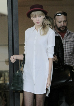 No deal breakers for Taylor Swift