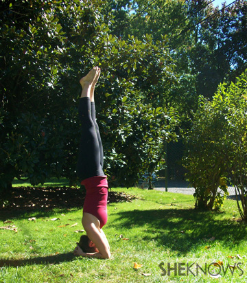 Headstand for toning