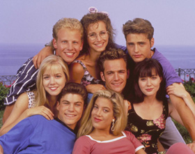 Tori Spelling and cast of Beverly Hills 90210